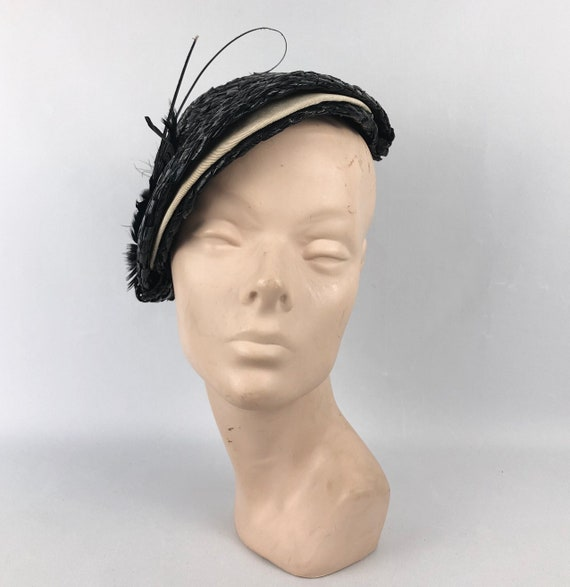 1930s Black and White Lacquered Straw Hat with Fea