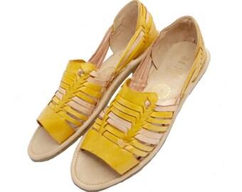 Parpadeo Handmade Mexican Leather Women s Huaraches   Handmade Mexican Shoes    Leather Huaraches   Bohemian Shoes e814f187e