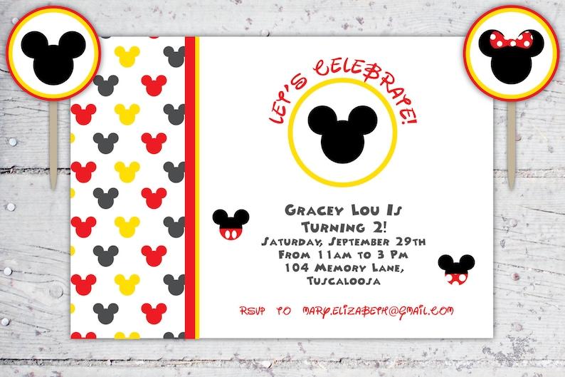 95943cb1baf32 Mickey y Minnie Mouse cumpleaños invitación y rondas de