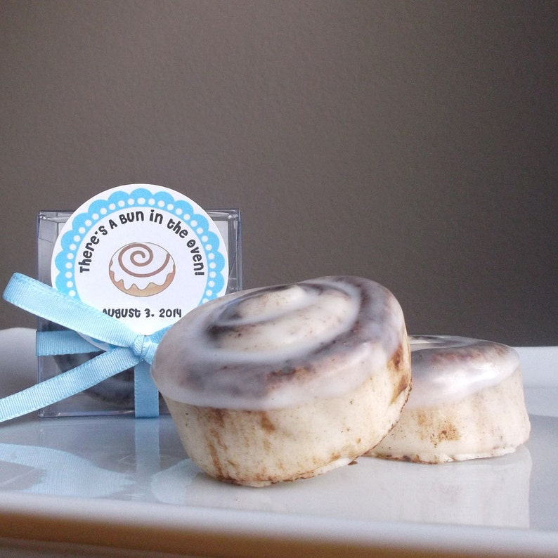 Bun in the Oven  Baby Shower Favors Pregnancy Announcement  image 0