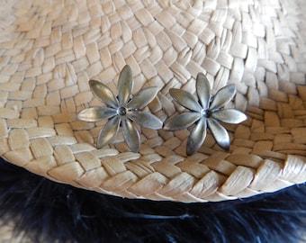 Vintage Ming's sterling silver Star Jasmine earrings flower blossom Honolulu silver Hawaii Hawaiian Hawaiiana Tahitian Gardenia Tiare floral