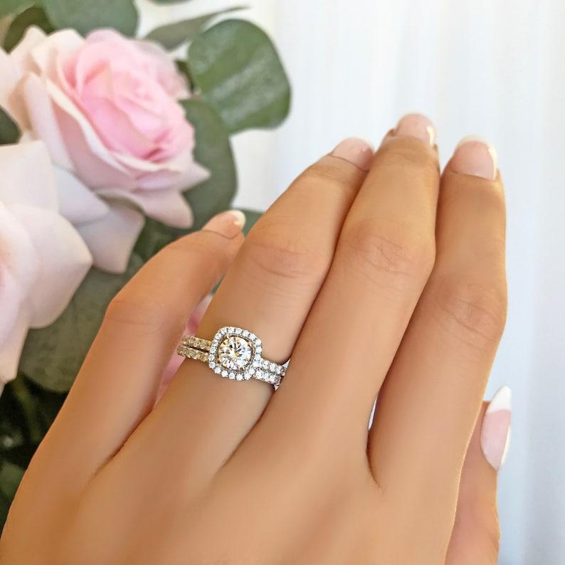 482e3eed62365b 3/4 ctw Classic Square Halo Wedding Set Round Engagement | Etsy