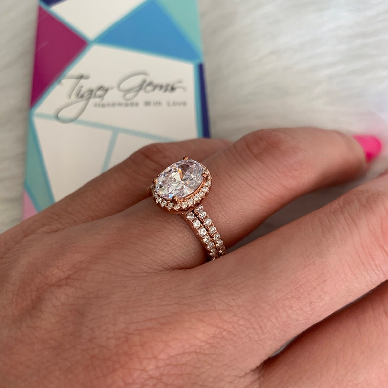 Half Eternity Engagement Ringm Man Made Diamond Simulants 2.25 ctw Oval Vintage Style Halo Bridal Set Sterling Silver Rose Gold Plated
