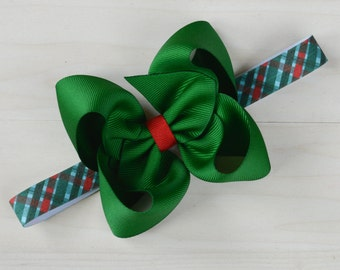 Newborn Christmas bow, Plaid Christmas baby bow, green baby Christmas bow, traditional Christmas bow for babies, 1st xmas headband