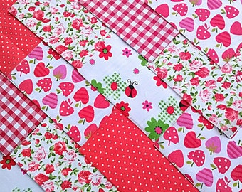 """30 x Ladybug Red 5"""" Fabric Patchwork Squares Pieces Charm Pack"""