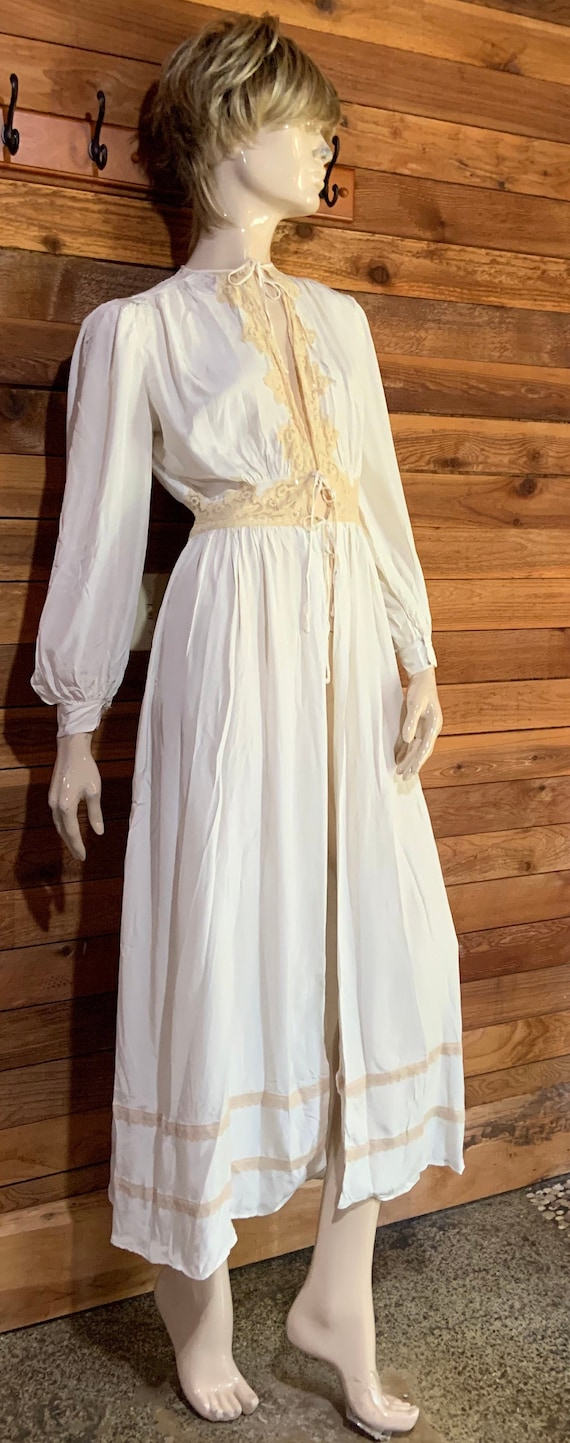 Vintage Lingerie 1940s TULA of Narco Rayon Ivory S