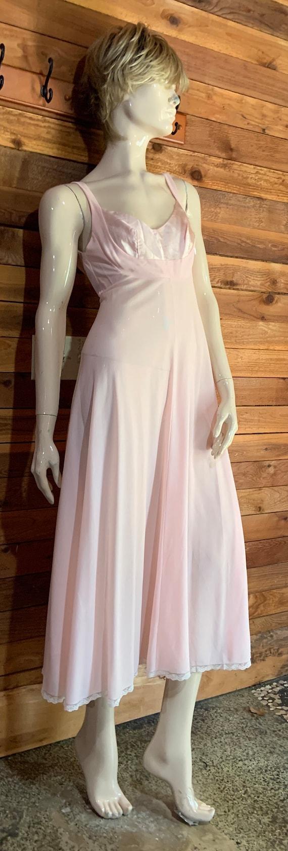 Vintage Lingerie 1960s LUCIE ANN Pink Size Petite… - image 2