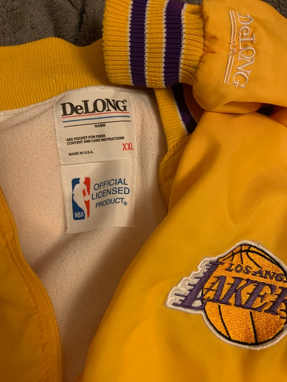 Vintage DeLONG NBA Los Angeles Lakers pullover.