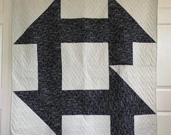 Churn and Turn Quilt | Lap size Quilt | Modern Design