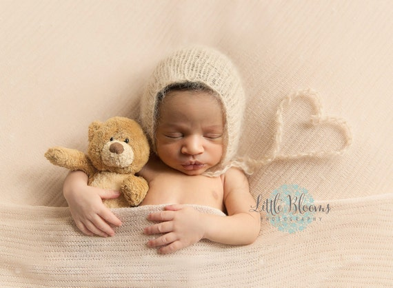 Newborn Bonnet / Beige Knit Bonnet / Mohair Photo Prop / Mohair Bonnet / Newborn Photo Prop / Newborn Knit Outfit / Beige Bonnet / RTS