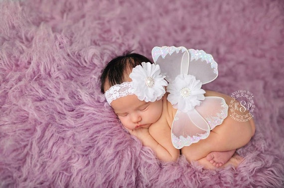 READY TO SHIP, White Butterfly Wing Set, Newborn Wings, Newborn Wing Prop, Baby Wing Prop, Newborn Photo Prop, Newborn Butterfly Wings
