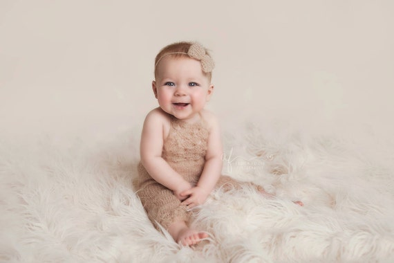 Mohair Sitter Romper / Beige Knit Romper / Toddler Sitter Set / Toddler Photo Prop / Knit Photo Prop / Knit Bow Tie Back / Knit Sitter Set