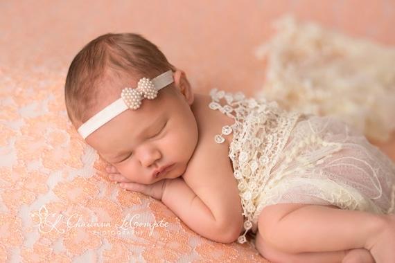 Pearl Bow Headband / Petite Bow Headband / Newborn Headband / Petite Headband / Baby Girl Headband / Christening Headband / Baptism Headband