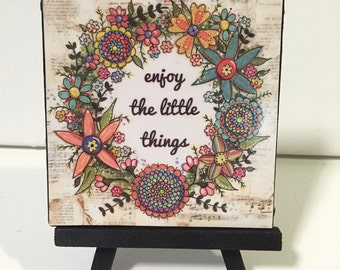 Flower wreath, enjoy the little things, Print and Easel Set