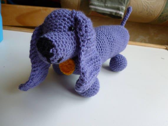 Crochet... Amigurumi : Mini Sausage Dog | 428x570