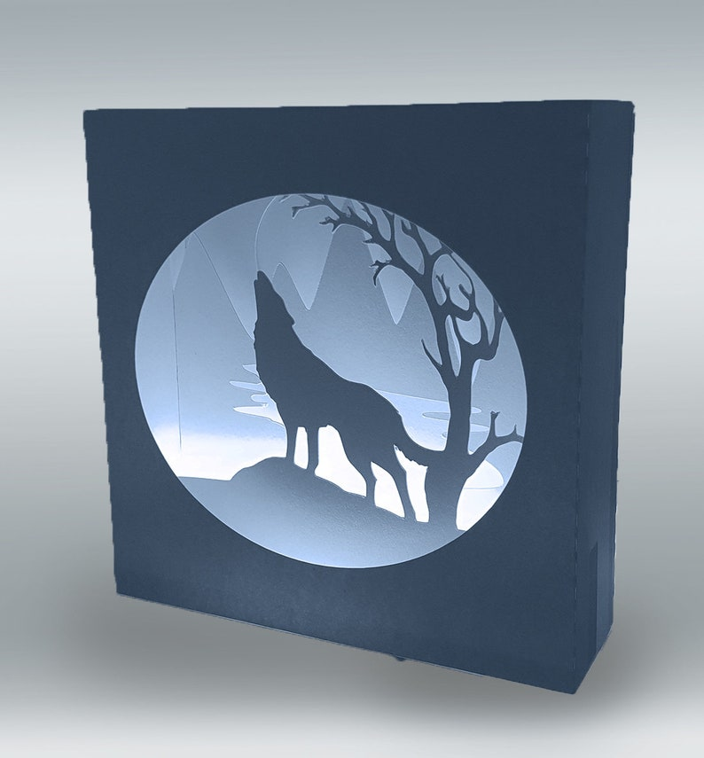 Howling Wolf themed box card template image 0