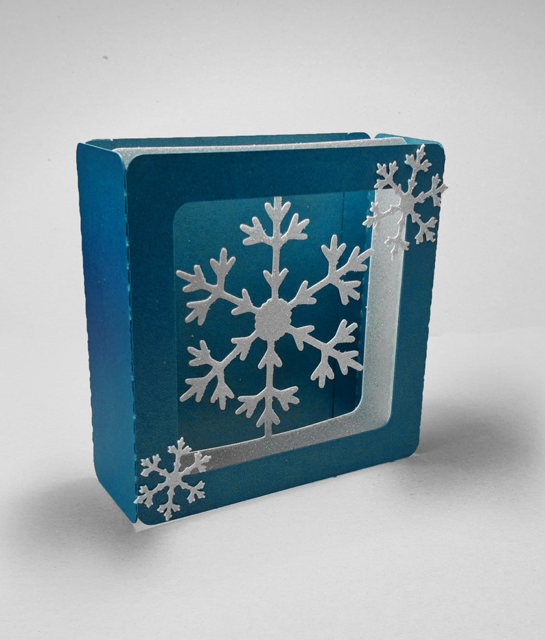 Snowflake design D 4 inch square box card template image 0