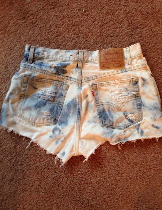 588022dc LEVIS High Waisted Shorts / Cuffed Hem High waisted shorts | Etsy