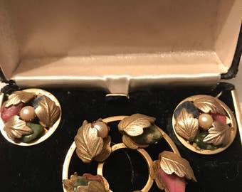 Vintage Signed Richelieu Brooch & Clip On Earrings in Original Box