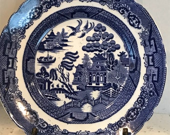 Four Vintage Blue Willow China Dinner Plates Made in England
