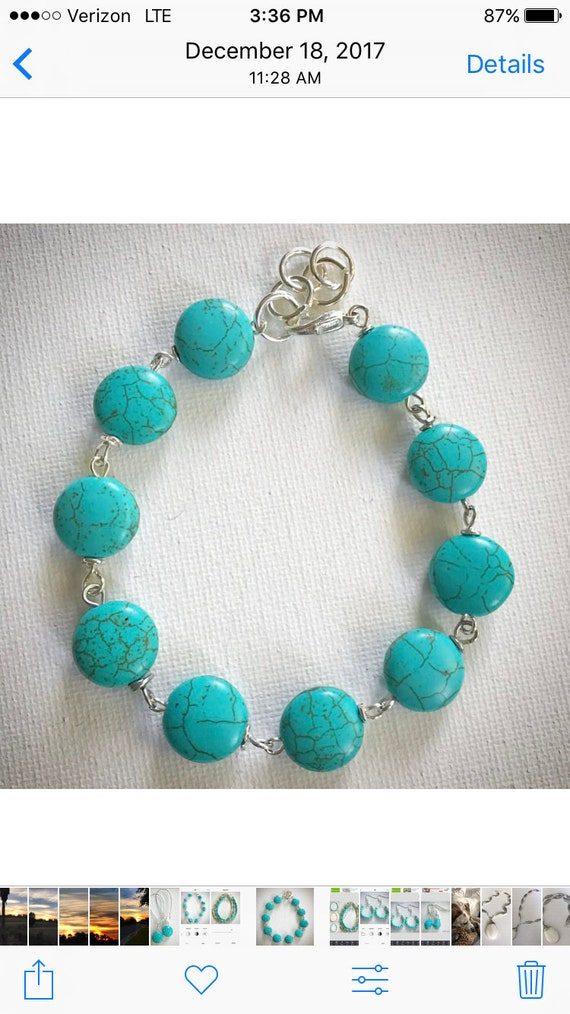 Turquoise bracelet with silver wire and closure
