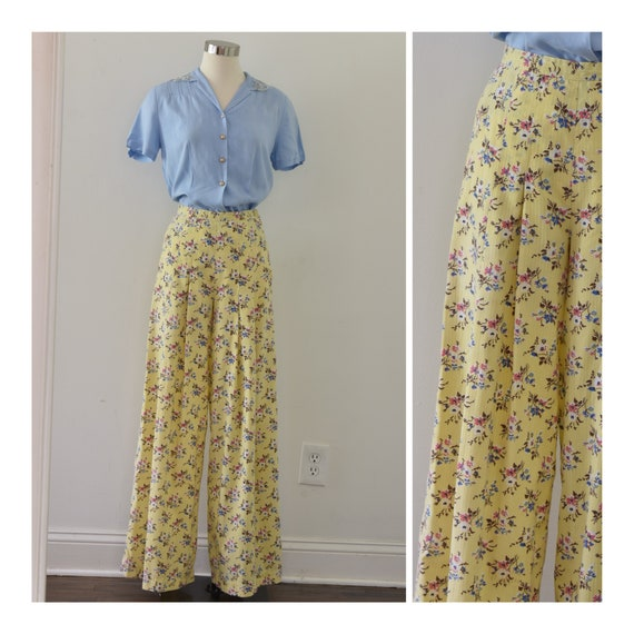 Alley Cat by Betsey Johnson 1970s Yellow Floral Pa
