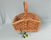 Basket Vintage 15 quot medium to large rectangular rounded sides heavy duty strong working basket wood handle weaving across light brown woven