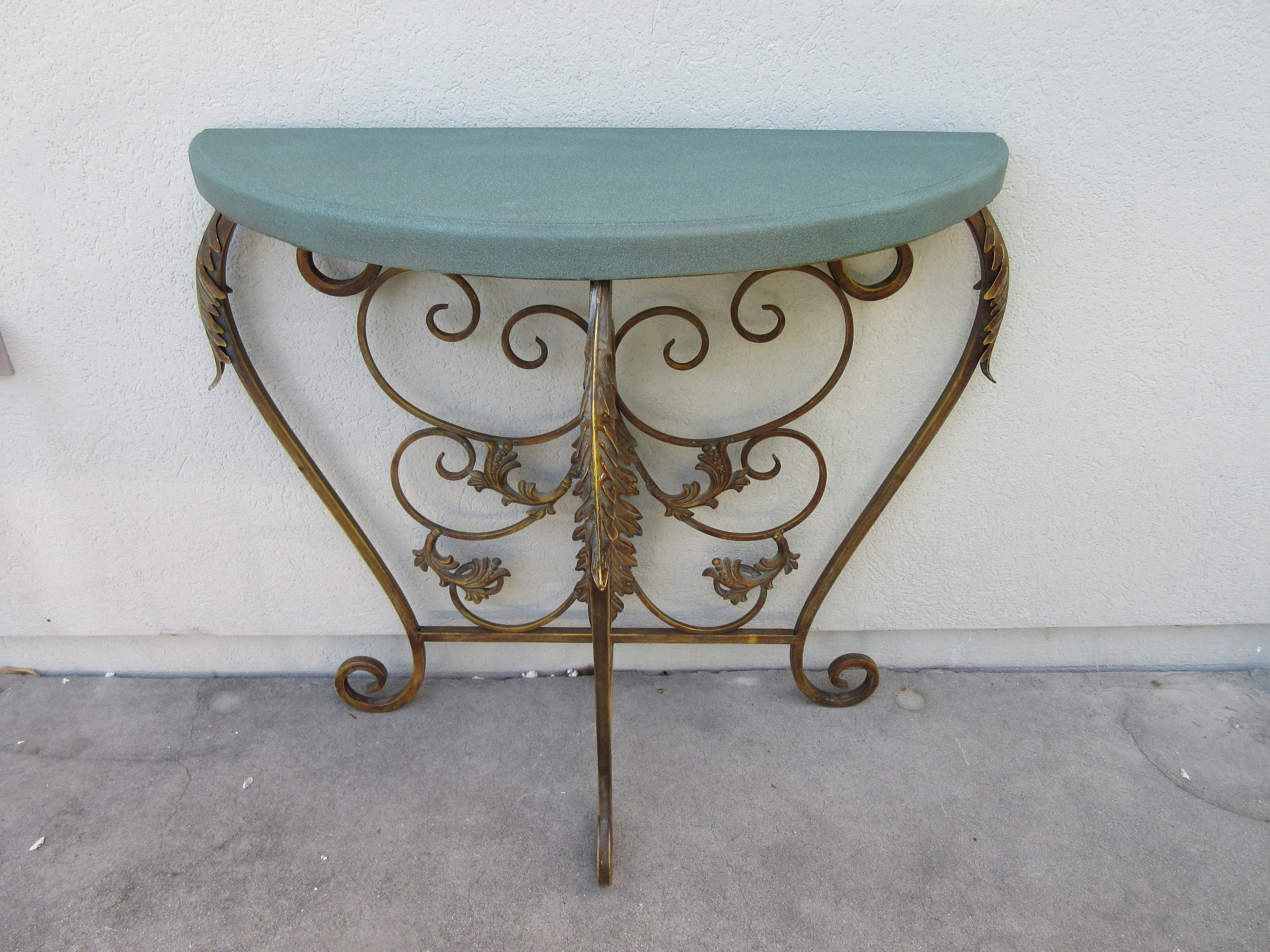 Vintage Bronze Gold Green Half Circle Detailed Fancy Leaf Design Side Table Decorative Hall Foyer Three Leg Tripod Round Small Ornate Stand