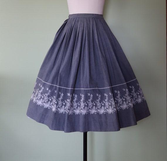 1950s grey cotton butterfly skirt, border skirt, j