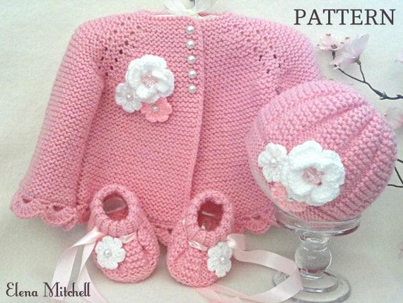 4 oz /& 8 oz designs Baby Bottle Covers Christmas Vanna Crochet Pattern NEW