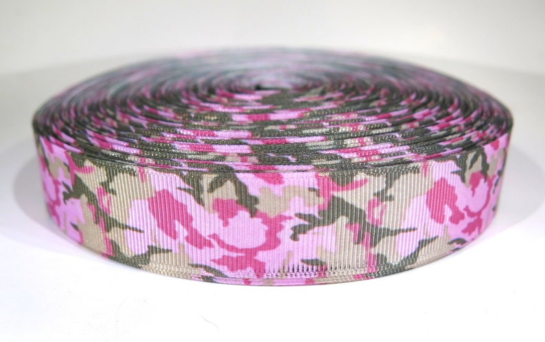 5 yards of 7/8 inch pink camouflage grosgrain image 0