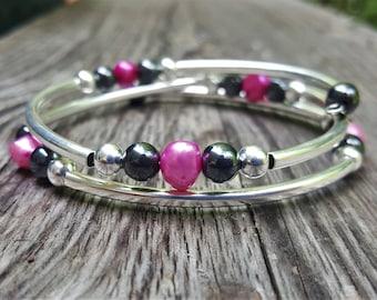 Irregular Pink Pearl Fight Night Memory Wire Bangle