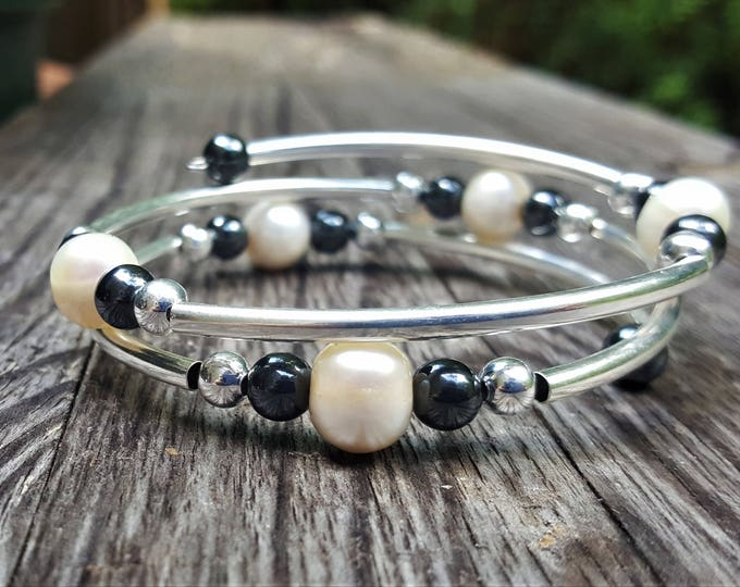 White Pearl Fight Night Memory Wire Bangle