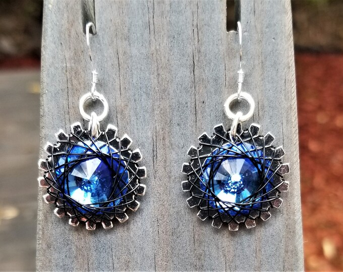 Spirograph Inspired Sapphire Swarovski Crystal Earrings in Silver Setting with Silver Wire