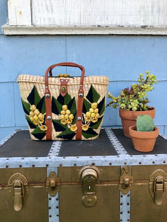 50s Wicker Purse/ Wicker Picnic Bag/ Embroidered W