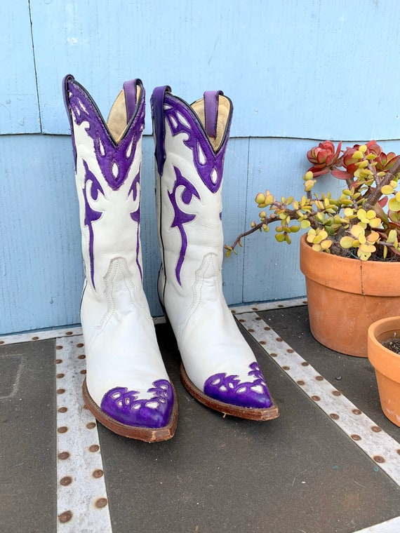 Vintage White Cowboy Boots/ White with Purple Inl… - image 2