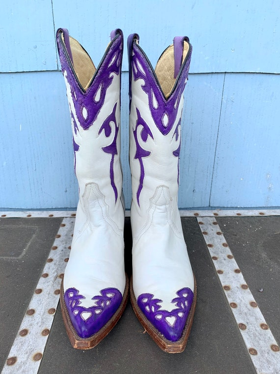 Vintage White Cowboy Boots/ White with Purple Inl… - image 5