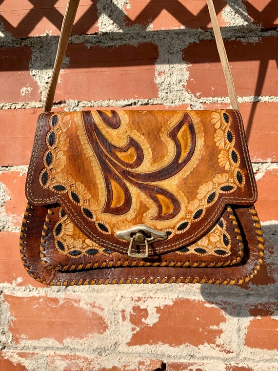 Vintage Mexican Tooled Leather Purse/ Braided Leat