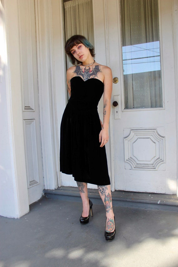 Vintage Black Velvet Dress/ Saks Fifth Avenue/ Vel
