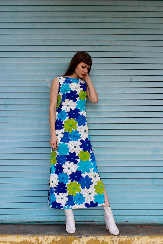 60s Hawaiian Flower Print Dress/ 60s Blue Daisy Pr