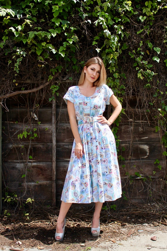 60s Motel Novelty Print Dress/ Vintage 60s Day Dr… - image 1