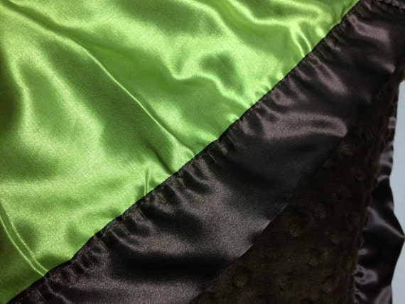 30 x 35 Brown minky dot car seat blanket with lime satin backing