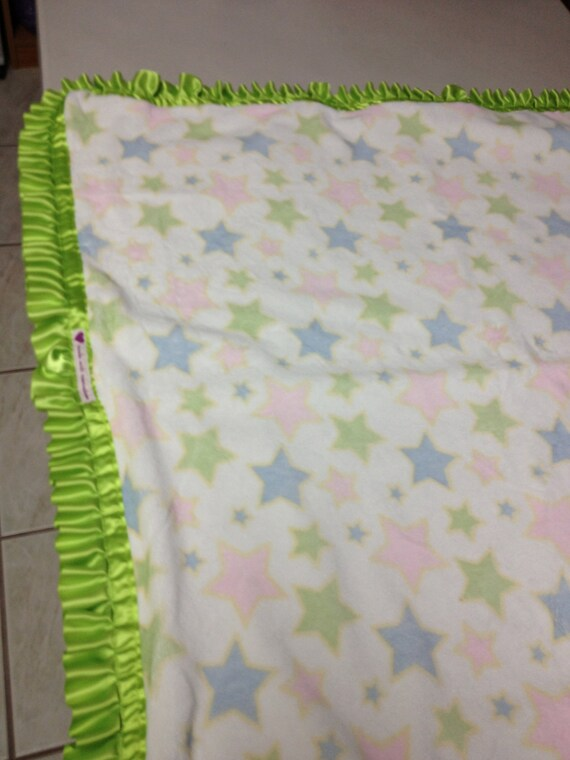 30 x 32 Stars on cream minky smooth blanket with lime satin backing and lime ruffle