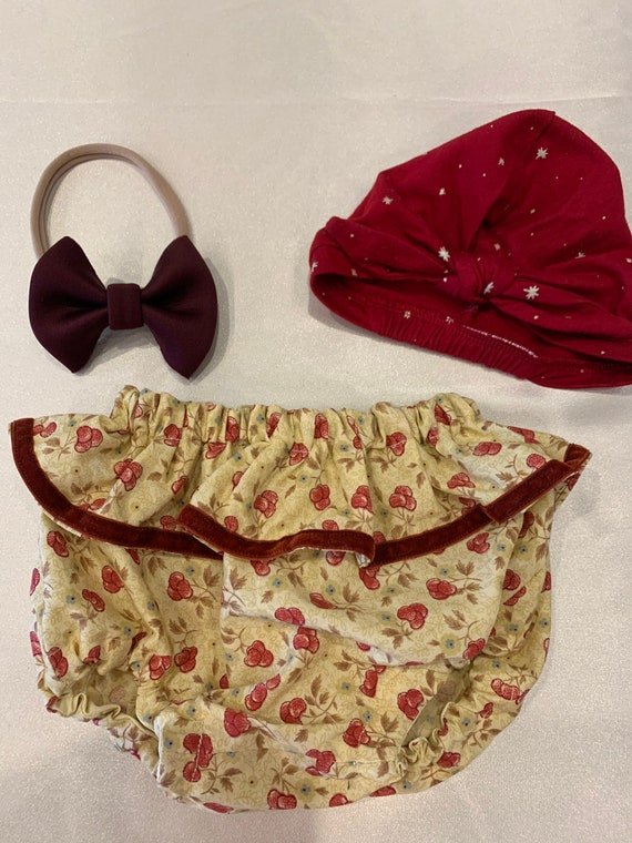 Cherry cotton bloomers with ruffle and velvet trim