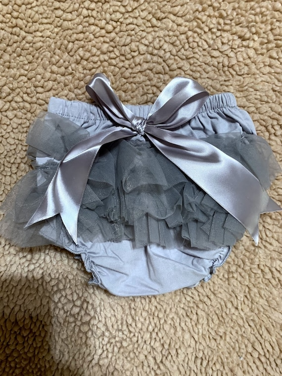Grey ruffled bloomers with bow for Carissa and Dylan
