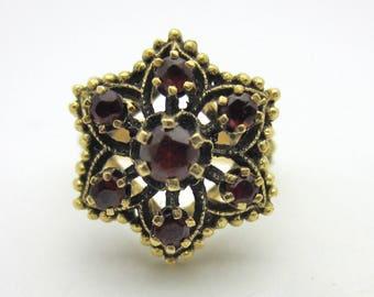 Garnet Flower Ring 14k Yellow Gold January Birthstone Estate Ring Sz 6.5 Vintage Ring