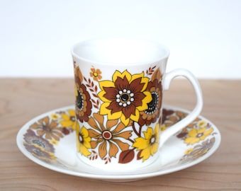 Vintage Elizabethan pottery bone china cups and saucer - Chelsea pattern in yellow and brown