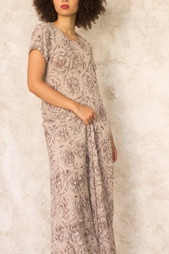 1990s Warm Gray Silk Floral Bias Cut Maxi Dress - image 4