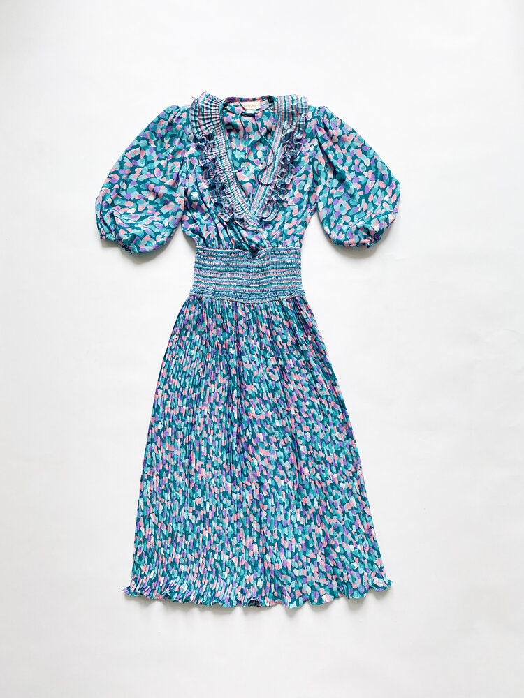 80s Dresses | Casual to Party Dresses 1980S Susan Freis Teal Georgette Pleated Dress $0.00 AT vintagedancer.com