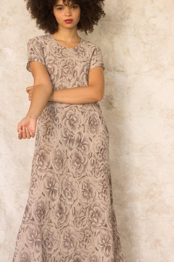 1990s Warm Gray Silk Floral Bias Cut Maxi Dress - image 3